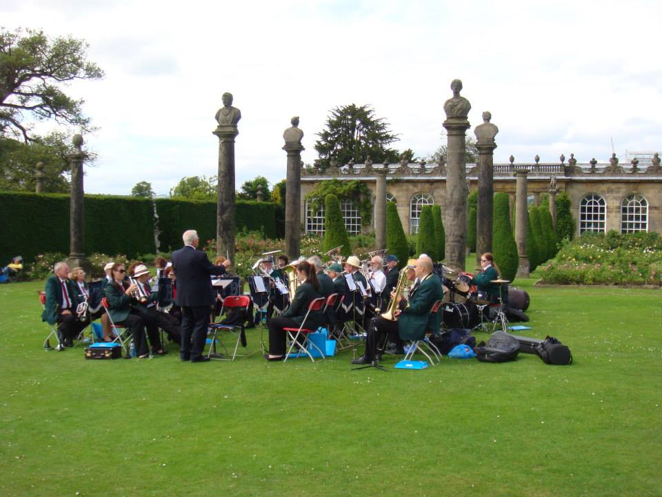 Playing in Chatsworth Rose Garden