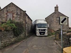 HGV on Moor Lane